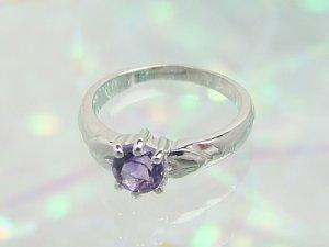 画像1: 愛あるファーストプレゼントに誕生指輪を K10ホワイトゴールド ジュエルベビーリング [アメジスト]