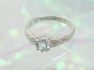 画像1: 愛あるファーストプレゼントに誕生指輪を K10ホワイトゴールド ジュエルベビーリング [アクアマリン]